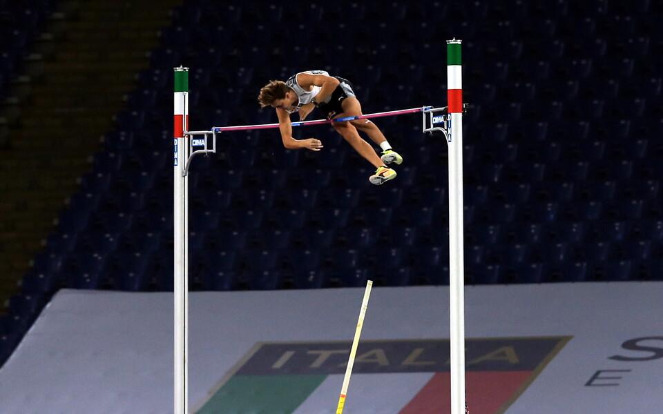 Teivashüppaja Armand Duplantis püstitas Rooma olümpiastaadionil septembris uue maailmarekordi