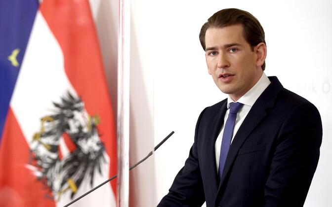 Канцлер Австрии Себастьян Курц объявил об ужесточнении карантина в стране.