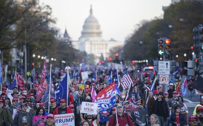 Donald Trumpi toetajate marss Washingtonis.
