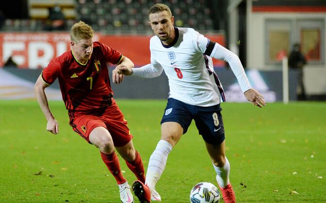 Jordan Henderson (valges) pühapäevases mängus Belgia vastu.