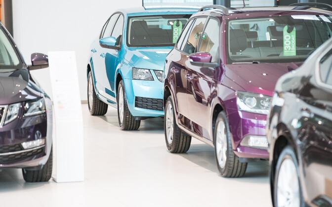В Эстонии нет налога на автомобиль, и граждане соседней страны этим пользуются. Иллюстративная фотография.