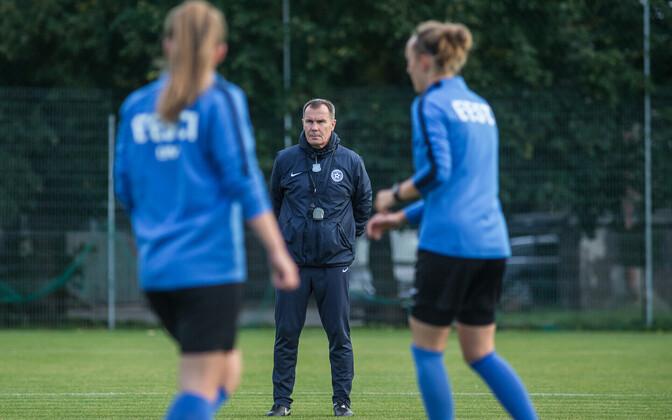 Eesti naiste jalgpallikoondise peatreener Jarmo Matikainen.