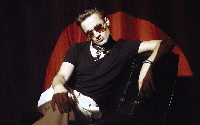 Ansamblist Frankie Animal tuntud Jonas Kaarnamets aka jonas.f.k.