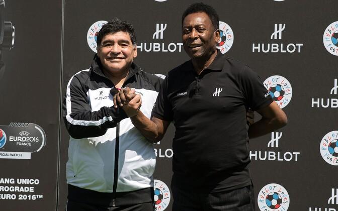 Diego Maradona koos Pelega