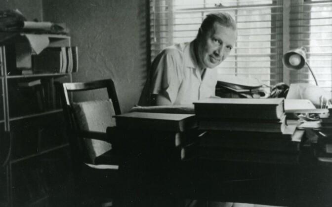 Tõlkija, kirjandusteadlane ja kriitik Ants Oras (1900–1982).