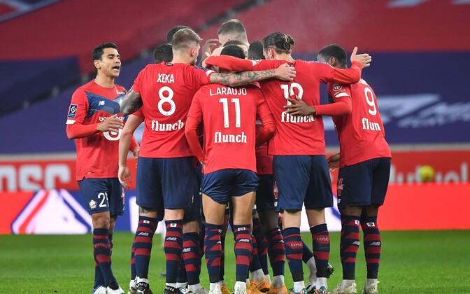 Lille'i mängijad tähistamas.