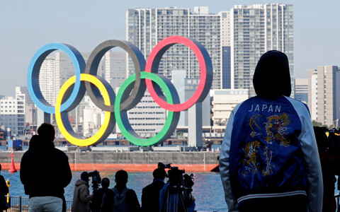 Олимпийские кольца в Токио.