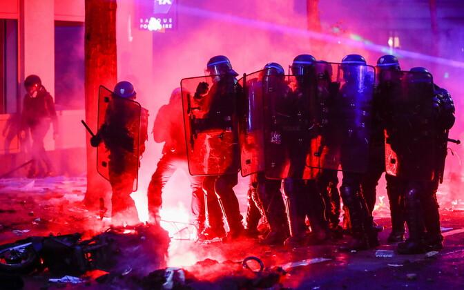 Meeleavaldused Pariisis läksid taas vägivaldseks.