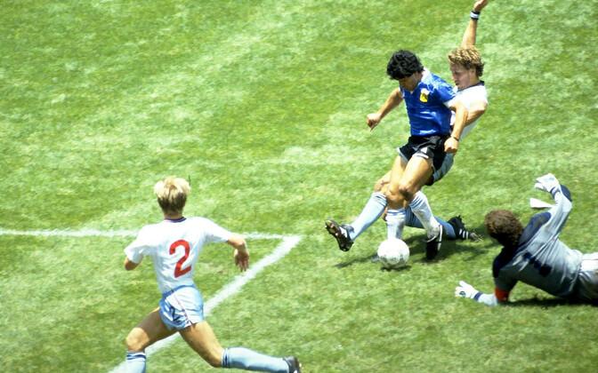 Diego Maradona 1986. aasta MM-il mängus Inglismaa vastu