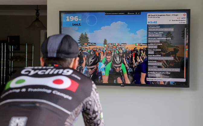 E-spordi maailmameistrivõistlustel sõideti võidu sisetingimustes treeningpukil Zwifti virtuaalkeskkonnas
