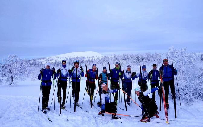 Eesti suusaorienteerujad Ylläsel treeninglaagris
