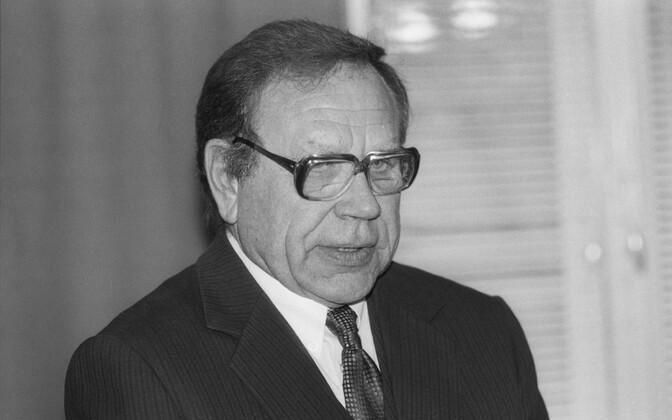 August Eelmäe 1995