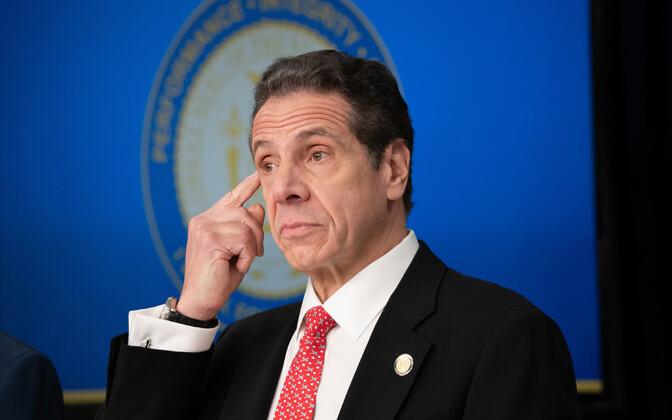 New Yorgi kuberner Andrew Cuomo