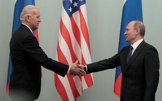 Vladimir Putini kohtumine Joe Bideniga 2011. aastal.