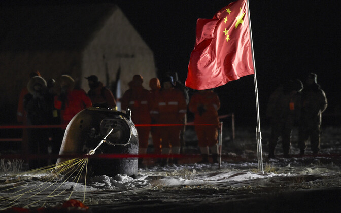 Kosmosekapsel maandus Sise-Mongooliasse, Siziwangi piirkonna steppi.