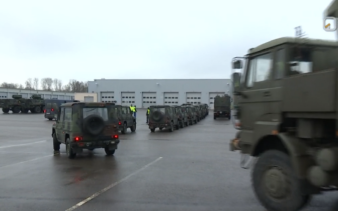Military vehicles arriving in Paldiski Tuesday.