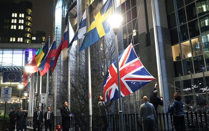 Euroopa Liidust lahkunud Ühendkuningriigi lipu langetamine Euroopa Parlamendi hoone eest Brüsselis tänavu jaanuaris.