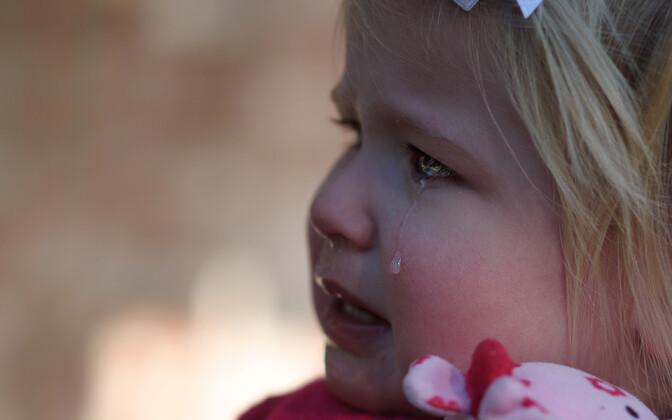 Uuringud näitavad dotsendi sõnul, et kehaline karistamine kahjustab ka lapse enesehinnangut ja usku iseendasse.