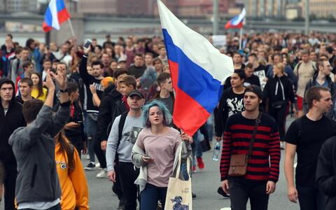 Kui Vene töötajad millegi üle protestivad, sekkuvad asjasse ametiühingud.