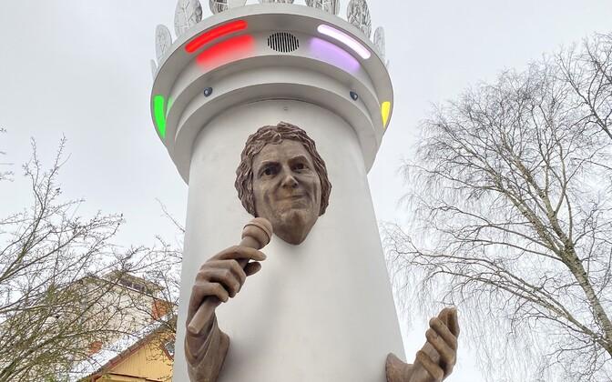 Памятник Яаку Йоале в Вильянди.