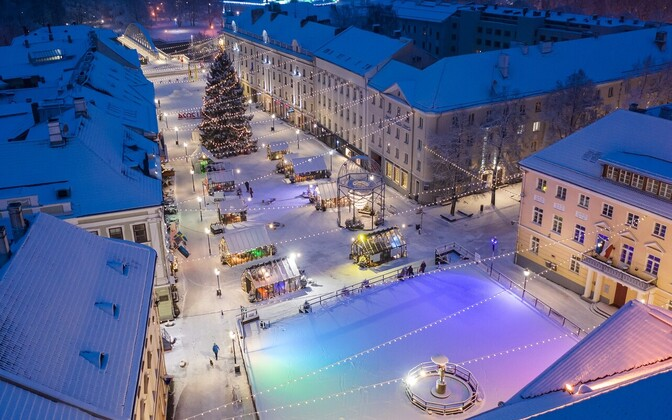 Tartu's Chirstmas Village of Light covered by snow.