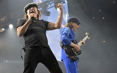 AC/DC. Fotol Brian Johnson (vasakul) ja Angus Young.
