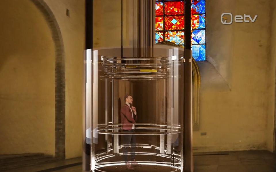 KOKO Arhitektide nägemus Niguliste kiriku torni viivast liftist.