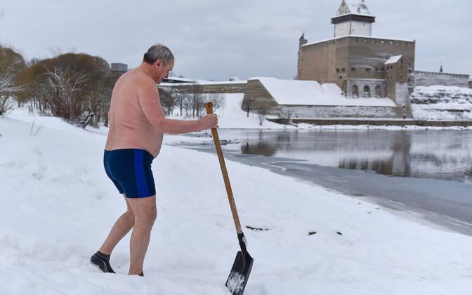 Kolmekuningapäeva suplus Narvas