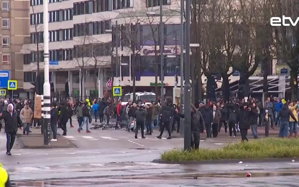 Беспорядки в Нидерландах.
