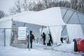Medicumi Lauluväljaku testimistelk, mis lume all kokku vajus