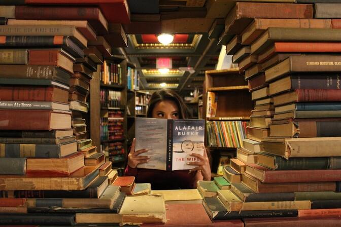 Maailmas koguvad populaarsust inimraamatud