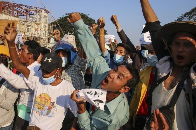 Myanmari hunta plaanib suurendada kontrolli interneti sisu üle