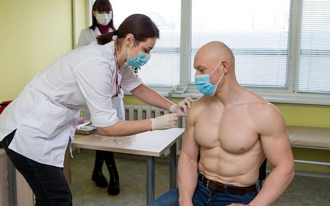 Leedus on vaktsineeritud 4000 õpetajat, alustati olümpiasportlaste vaktsineerimist