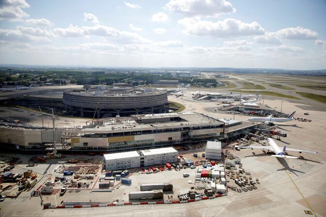 Prantsusmaa valitsus tühistas Pariisi lennujaama laiendamise