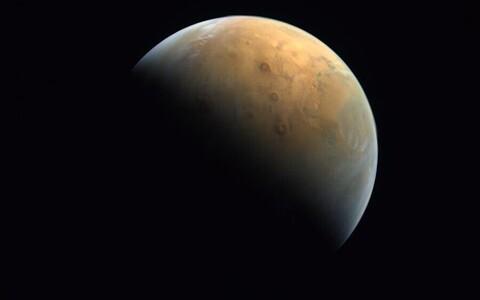 Hope'i foto punasest planeedist.