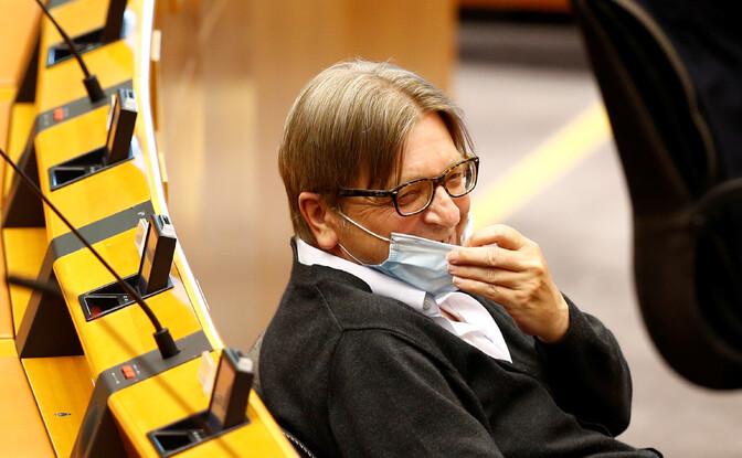 Verhofstadt: Euroopa Liidu vaktsineerimisprogramm on olnud katastroof