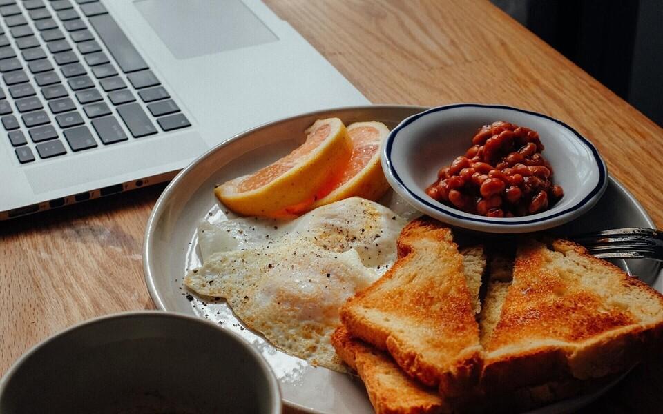 Prantsusmaa tööseadus keelab toidu tarbimise töökohal.