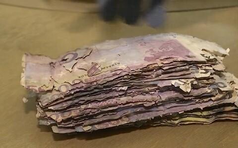 Kui paberrahatähed lähevad sedavõrd katki või kortsu, et neid enam kasutada ei kõlba, saab neist keskkonnale ohtlik ja väga aeglaselt lagunev jääde.