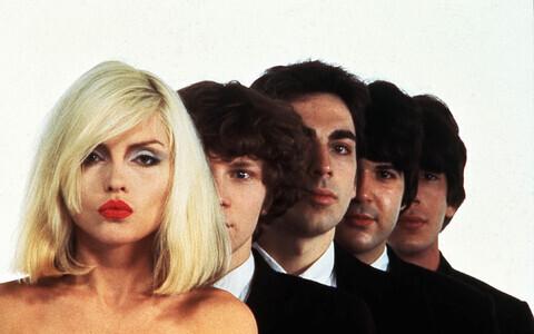Blondie tegutseb aastast 1974 ja on tegev siiamaani.