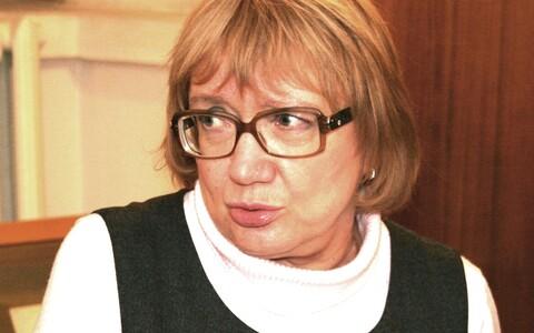 Sirje Olesk Kirjanike Liidu üldkogu Tartus 23. märtsil 2012.