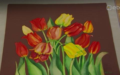 Haus galerii kevadisel kunstioksjonil mai alguses pidi müüki minema väidetavalt 1960. aastatest pärit akvarell, mis kandis Malle Leisi signatuuri