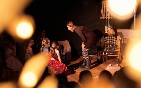Piip ja Tuut Teatri lavastus