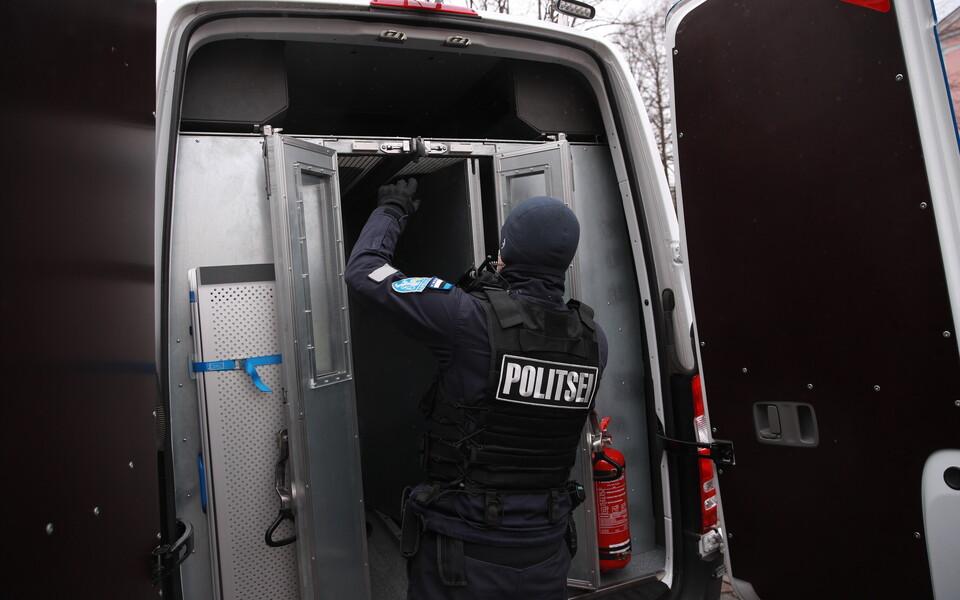 В пятницу в полицию с митинга протеста на Тоомпеа были доставлены два человека.
