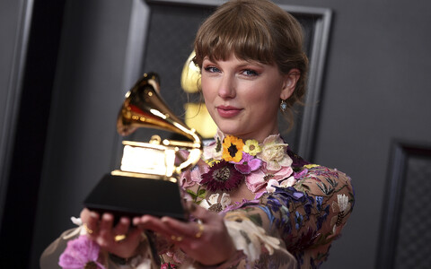 Taylor Swift sai Grammy oma albumi