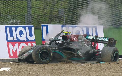 Valtteri Bottase masin pärast avariid Imola ringrajal