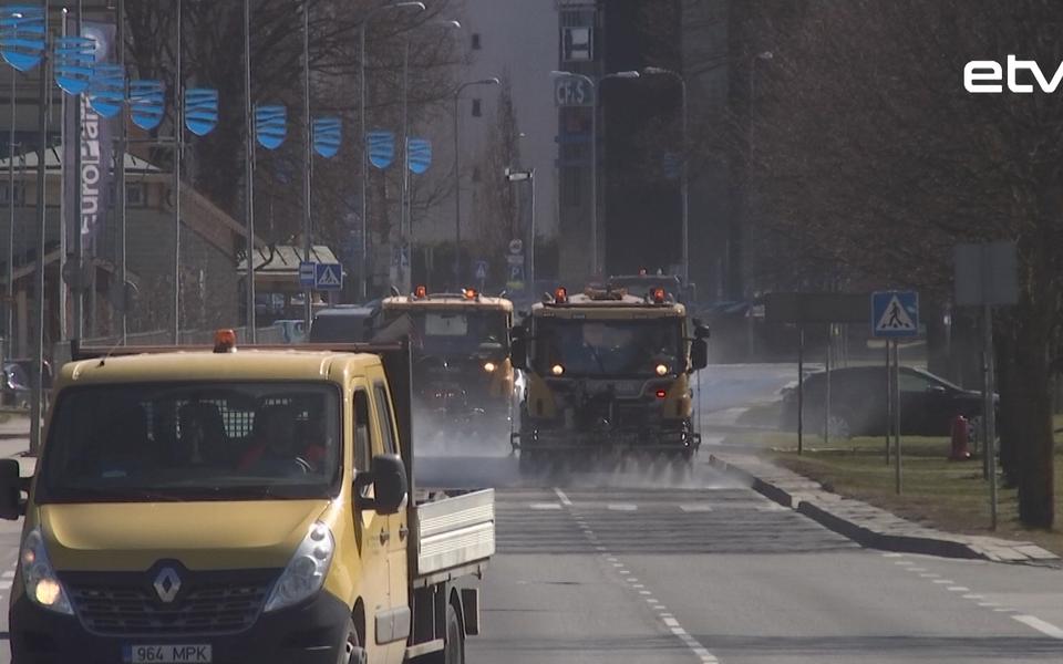 Влажная уборка улиц Таллинна.