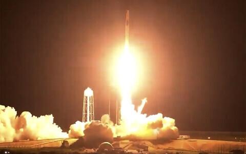 Astronaudid asusid teele rahvusvahelisse kosmosejaama.