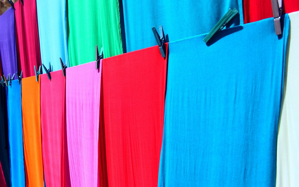 Uued tehnoloogiad aitavad tekstiilijäätmeid tõhusamalt taaskasutada.