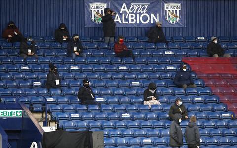 Sotsiaalselt distanseerunud ajakirjanikud West Bromwich Albioni mängul