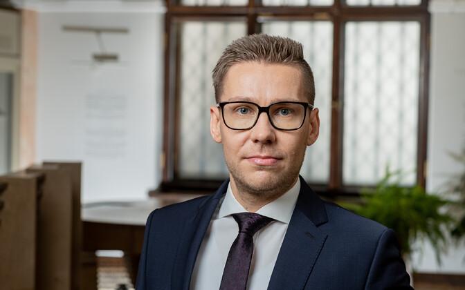 Rahapesu andmebüroo juhiks nimetati Matis Mäeker   Majandus   ERR